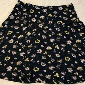 Ann Taylor floral skirt 🌺